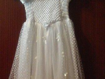 Скачать фото Детская одежда Нарядное белое платье 35331207 в Новосибирске