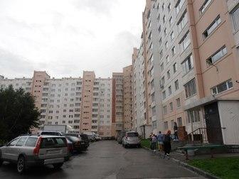 Смотреть фото Комнаты Сдам комнату 17 кв, м в трёхкомнатной квартире 36164792 в Новосибирске