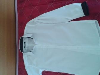 Просмотреть фото Продажа домов Рубашки школьные 36-37 р, 36416636 в Новосибирске