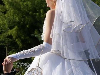 Смотреть foto Свадебные платья Шикарное пышное свадебное платье 37416289 в Новосибирске
