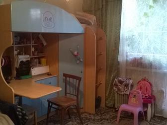 Скачать бесплатно фото Мебель для детей Детский комплекс-кровать, шкаф, стол+ матрас 37664276 в Новосибирске