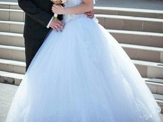 Скачать фотографию Свадебные платья Свадебное платье в отличном состоянии 37787316 в Новосибирске