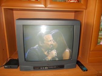 Просмотреть фото Товары для туризма и отдыха продам цветной телевизор 38433882 в Новосибирске