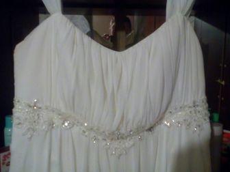 Просмотреть фотографию Свадебные платья Продам свадебное платье,имеется шнуровка,карсет сделан ручной работы,одевалось один раз, в отличном состоянии, 40046116 в Новосибирске