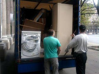 Увидеть фото Транспортные грузоперевозки Грузчики переезд упаковка мебели транспорт 51330402 в Новосибирске
