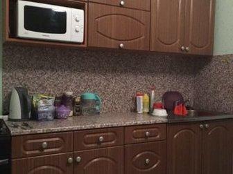 Продам кухонный гарнитур в отличном состоянии,длинна 2м, мойка кран облицовочная панель входит в стоимость,   Возможна доставка,  За ваш счёт,  Без торга цена,  в Новосибирске