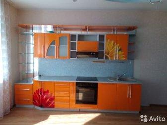 Продам кухонный гарнитур в хорошем состоянии,  Длина 3 м 40 см,  Высота 3 м 36 см в Новосибирске