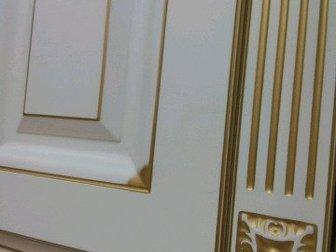 Совершенно новая кухня в классическом стиле,  Фасад МДФ покрытый пленкой ПВХ с бронзовой патиной,  Эта модель придется по душе тем, кто ценит элегантность и утонченность в Новосибирске