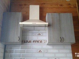 Продам фасады для кухонных гарнитуров и корпусной мебели,  Из массива дерева сосны,  Броширование, лакировка, глянец, мат,  Цена указана за погонный метр, в Новосибирске