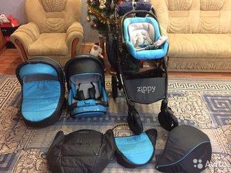 Продам очень удобную, легкую и маневренную коляску Zippy 3в 1 спорт, б/у, состояние хорошее, пользовались автолюлькой и люлькой,  Все в наличии:Чехлы на ножки, дождевик, в Новосибирске