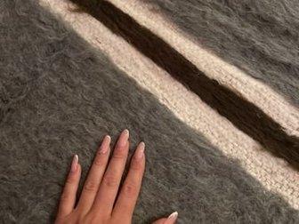 Новое верблюжье одеяло из натурального верблюжьего пуха, покупали в магазине в Египте,  Одеяло очень тёплое, Состояние: Новый в Новосибирске