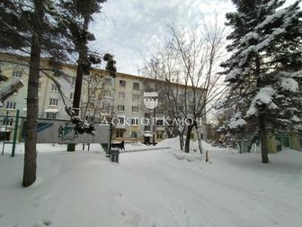 Предлагается к продаже двухкомнатная полногабаритная  квартира в кирпичном доме, высота потолком 3,1м, отличная планировка распашонка две стороны, хорошая звукоизоляция, в Новосибирске