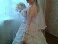 продам свадебное красивое платье продам свадебное красивое платье 3000. перчатки