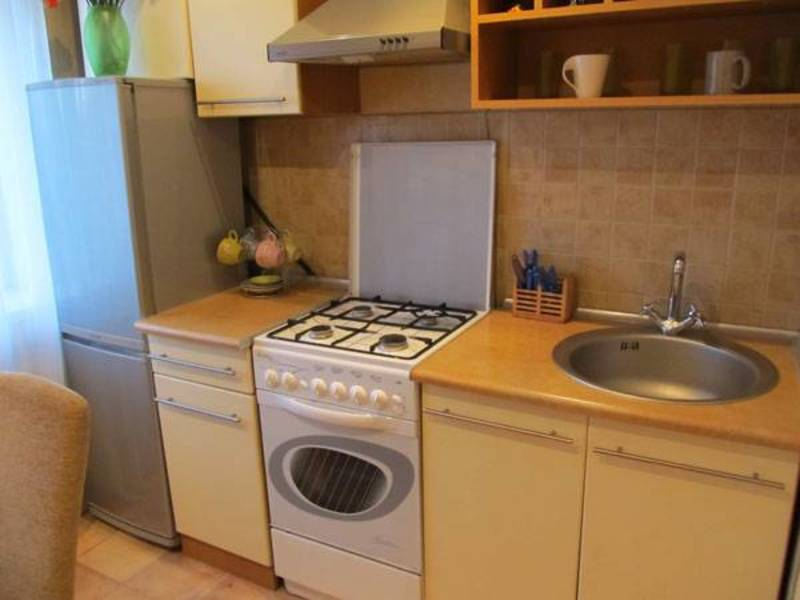 головной недвижимость в омске купить квартиру на таубе 10 Лоза