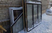 Продам окна, новые. снаружи коричневые
