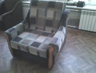 Продам два кресла Продам кресло-кровати 2 шт. , большой ящик для белья. Состояни