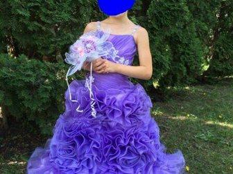 Увидеть изображение Детская одежда Продаю детское праздничное платье 33049041 в Пензе