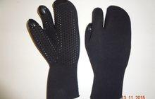 Перчатки для подводной охоты трёхпалые