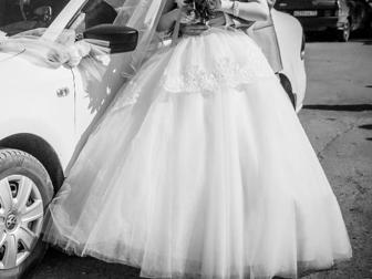 Просмотреть фотографию Свадебные платья продам 36755941 в Перми