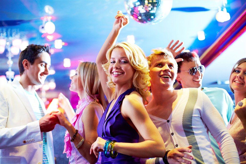 Секс вечеринки в санкт петербурге где и когда проходят 26 фотография