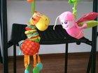 Детские игрушки в коляску