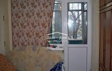 Продам двух комнатную квартиру гостинку, расположенную на 2м