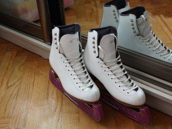 Просмотреть foto Спортивная обувь Продаю профессиональные коньки 35 размер 32382079 в Ростове-на-Дону