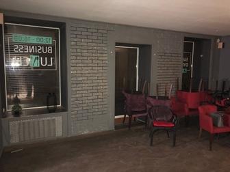 Смотреть фото Аренда нежилых помещений Сдаю под кафе, ресторан 230 кв, м на Пестеля 19, без комиссии 69066073 в Санкт-Петербурге