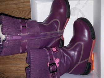 Просмотреть фотографию Детская обувь Продам сапожки осенние на девочку 33269931 в Саратове