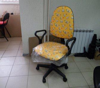 Фото в Мебель и интерьер Столы, кресла, стулья Кресло на колесиках, регулируется по высоте, в Саратове 1850
