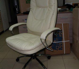 Фото в Мебель и интерьер Столы, кресла, стулья Кресло обивка - натуральная перфорированная в Саратове 10550
