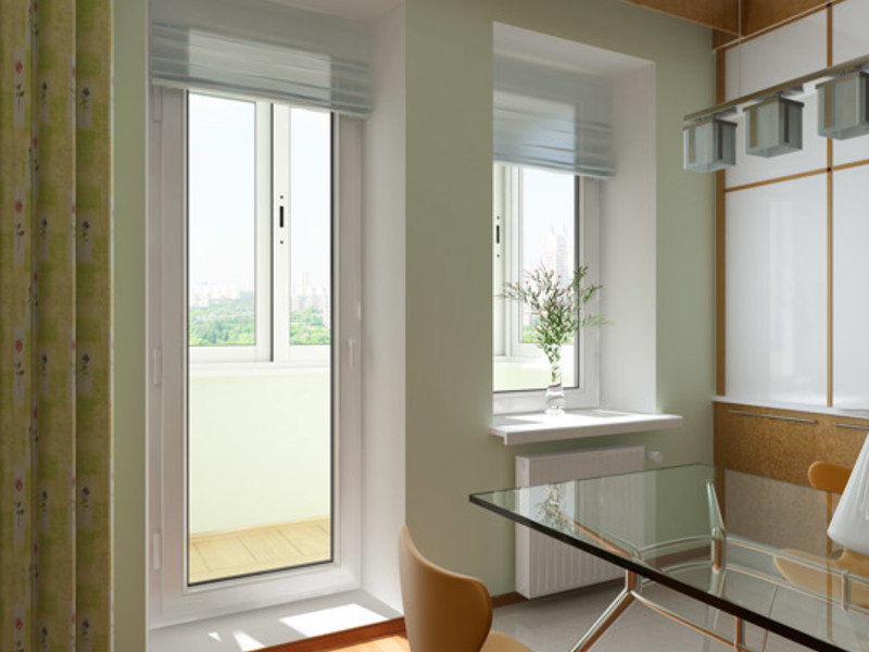 Раздвижные стеклянные двери на балкон.