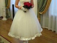 свадебное платье На мне было 3 часа, состояние отличное, цвет Шампань