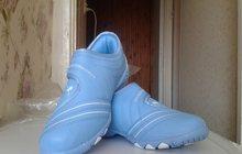 кроссовки новые р-р31