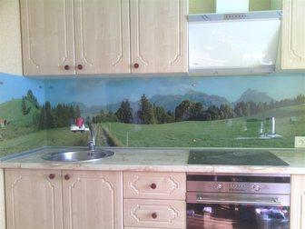 Смотреть foto Кухонная мебель стеклянные фартуки на кухню скинали 33561901 в Тольятти