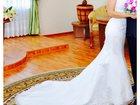 Фото в Одежда и обувь, аксессуары Свадебные платья Свадебное платье фасон Русалка со шлейфом, в Томске 25000