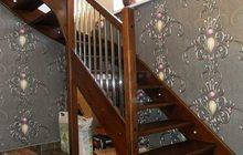 Лестница деревянная из массива бука
