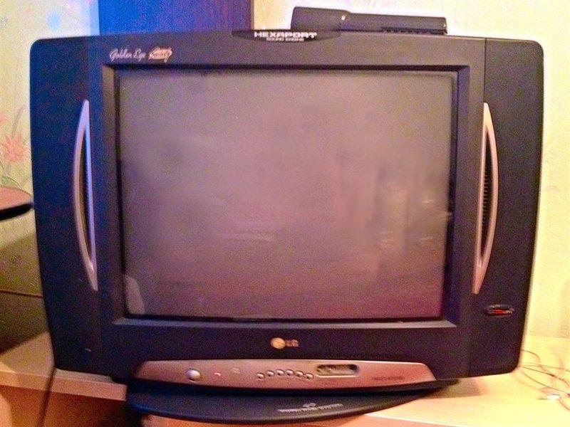 Телевизор erisson, б/у
