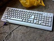 клавиатура Genius , Белая Продам клавиатуру Genius белая покупалась в 2007 году,