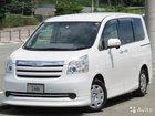 Toyota Noah 2.0AT, 2010, 89000км