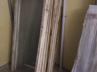 Отдам бесплатно демонтированные 5 рам ( в  каждой раме одна створка глухая, другая открывается) длинной 7м с остекления балкона и 2 оконно-балконных блока, в Волгограде